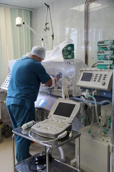 Хирурги краевой детской больницы внедрили в практику передовые технологии по устранению сложных врожденных пороков