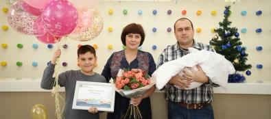 В Краевом центре охраны материнства и детства состоялась выписка юбилейного, 20-тысячного малыша
