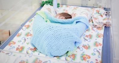 165 мальчиков и 156 девочек родилось в ноябре в Краевом центре охраны материнства и детства