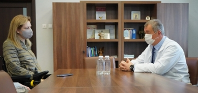 Красноярский центр охраны материнства и детства посетила депутат горсовета Наталья Каптелинина.