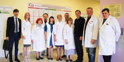 Краевой центр охраны материнства и детства посетил исполняющий обязанности ректора и проректор КрасГМУ