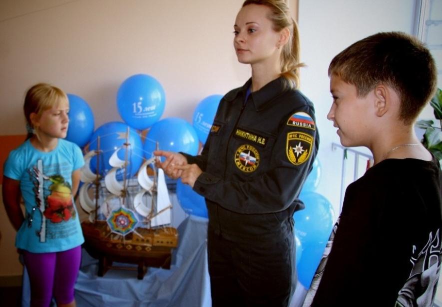 Психологическая служба МЧС в преддверии нового учебного года провела акцию «Дорога безопасности» для детей-пациентов центра