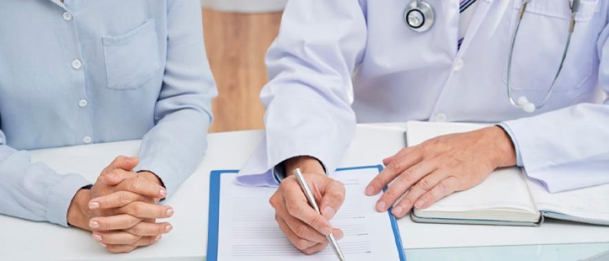 В период с 1 по 30 апреля отдел платных услуг ведёт приём пациентов по будням с 8 до 16 часов