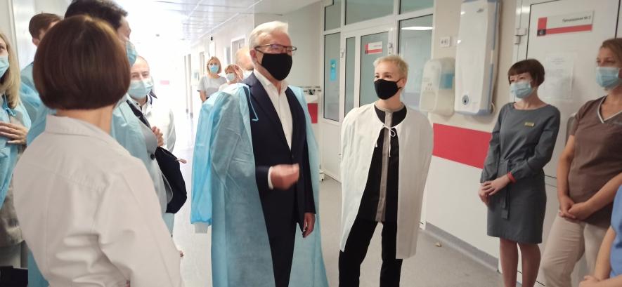 В Красноярском краевом центре охраны материнства и детства откроется отделение трансплантологии костного мозга и стволовых клеток.